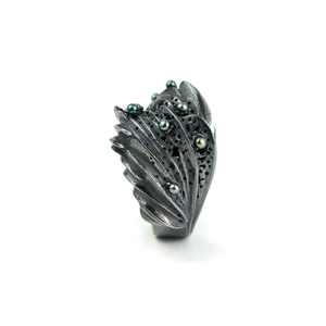 Oxidized silver ring with dark fresh-water pearls. Timeless statement jewellery.