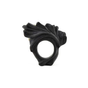 THE DIALOGUE BETWEEN PAST, PRESENT AND FUTURE  Large sculptural statement ring