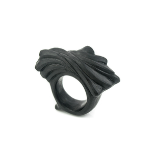 THE DIALOGUE BETWEEN PAST, PRESENT AND FUTURE  Authentic, natural and very comfy ring.