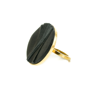 Minimal and stylish ring
